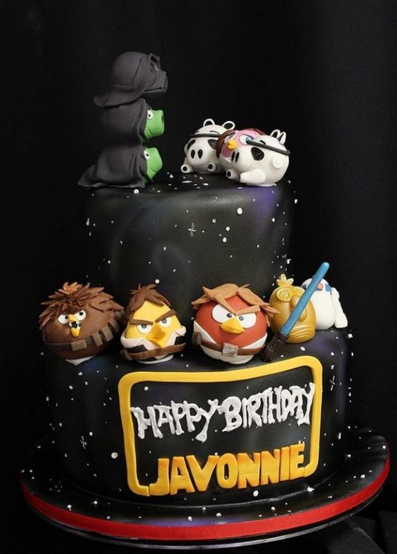 Ben noto Star Wars Day: le più belle torte per celebrare la forza QK94
