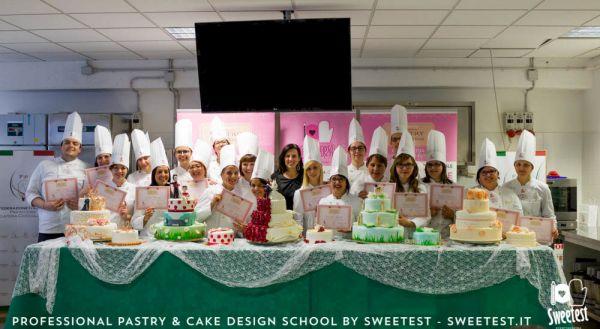 Corso Pasticceria E Cake Design Roma : La nuova formula dei corsi di pasticceria e cake design ...